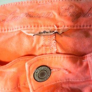 Womens american eagle peach 28 -31 waist Jeggings